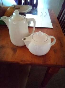 Coffee and teapot