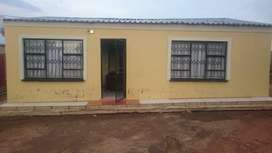 2bedrooms, kitchen, lounge in mabopane for sale