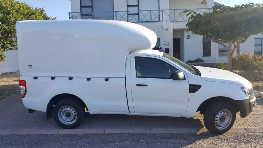 1 Ton Bakkies Required With High Volume Canopy. 0
