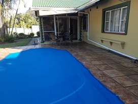 A House with pool. And longstay  work accomodation