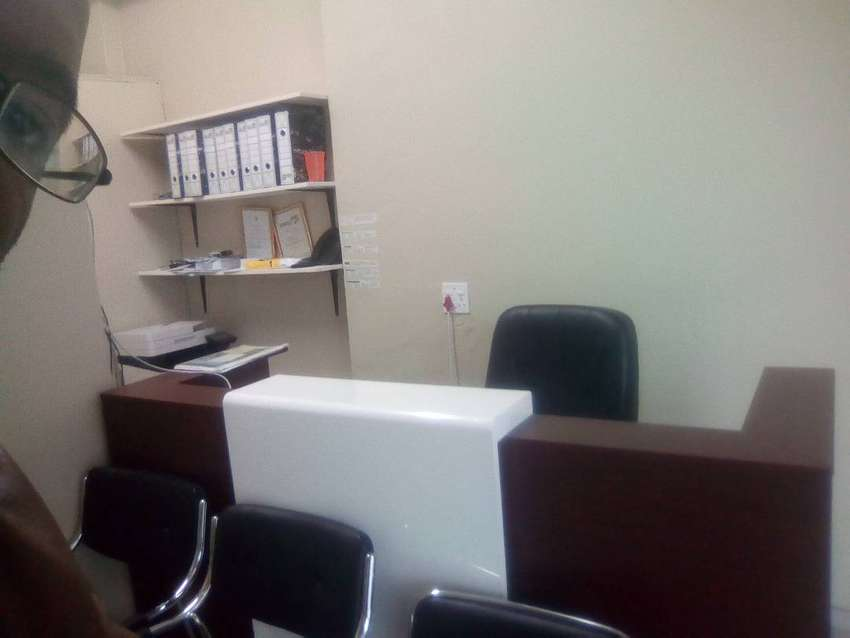 Bargain - Good Quality office Furniture 0