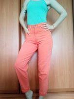 Персиковые мом джинсы высокая посадка wrangler,s-m размер