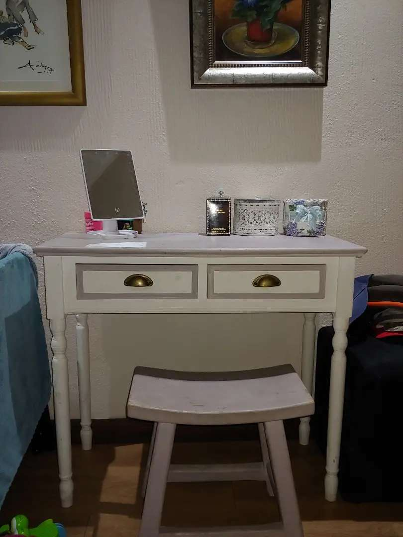 Toiletry stand / table / dresser /dressing table /vanity /night table