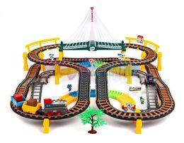 Tor wyścigowy kolejka lokomotywa pociąg autko 2w1