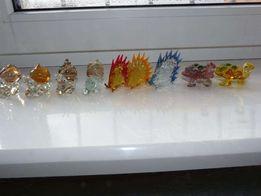 Фігури скляні: слимаки, черепахи, дикобрази. Всі скульптури нові.