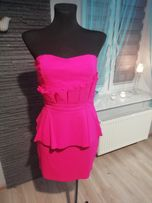 Sukienka LIPSY LONDON baskinka z falbanka falbanami amarant purpura S