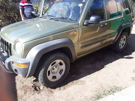Jeep Cherokee 2004 model 2.4L good condition no problems working 100%
