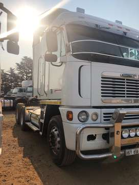 Freightliner Argosy isx 500 with fuller 18 speed autoshift