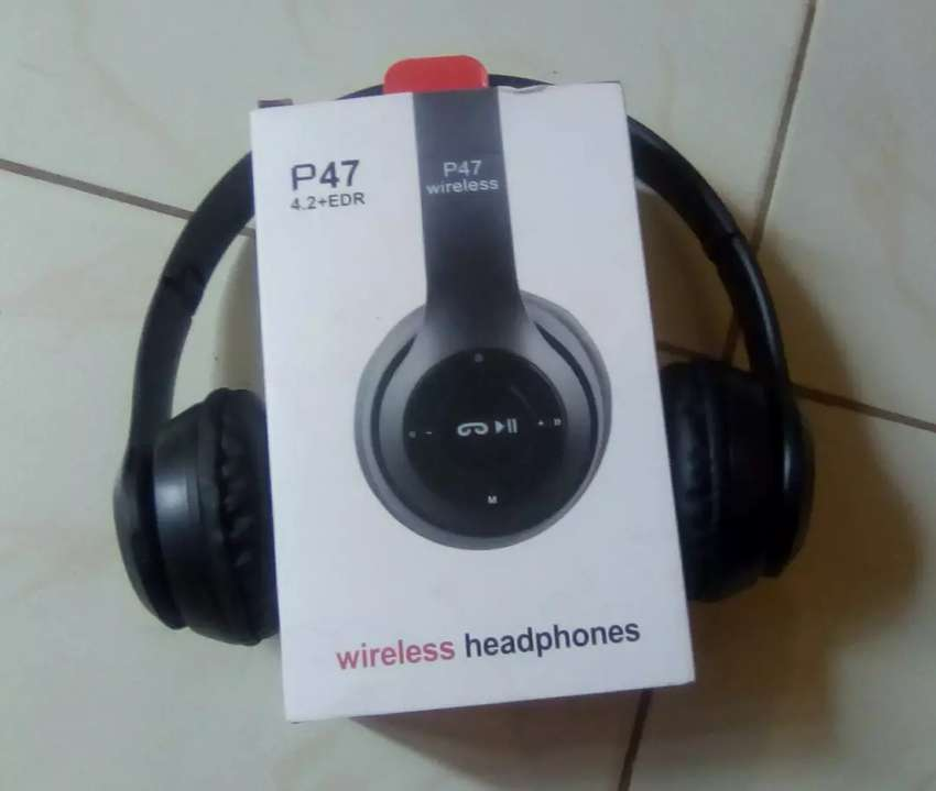 Bluetooth headphones 0