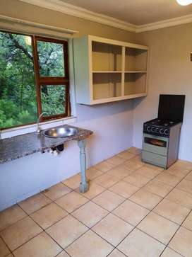2 Bedroom flat, Spioenkop, No Deposit, Available Immediately
