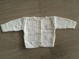 Sweterek biały rozmiar newborn
