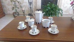 Кофейный сервиз на шесть персон,винтажный,СССР,фарфор,позолота в идеал