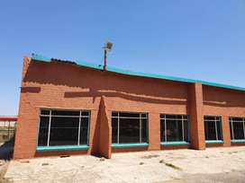 Spacious building to rent for use barn, workshop, warehouse or storage