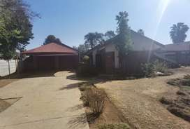House To Rent in Penina Park