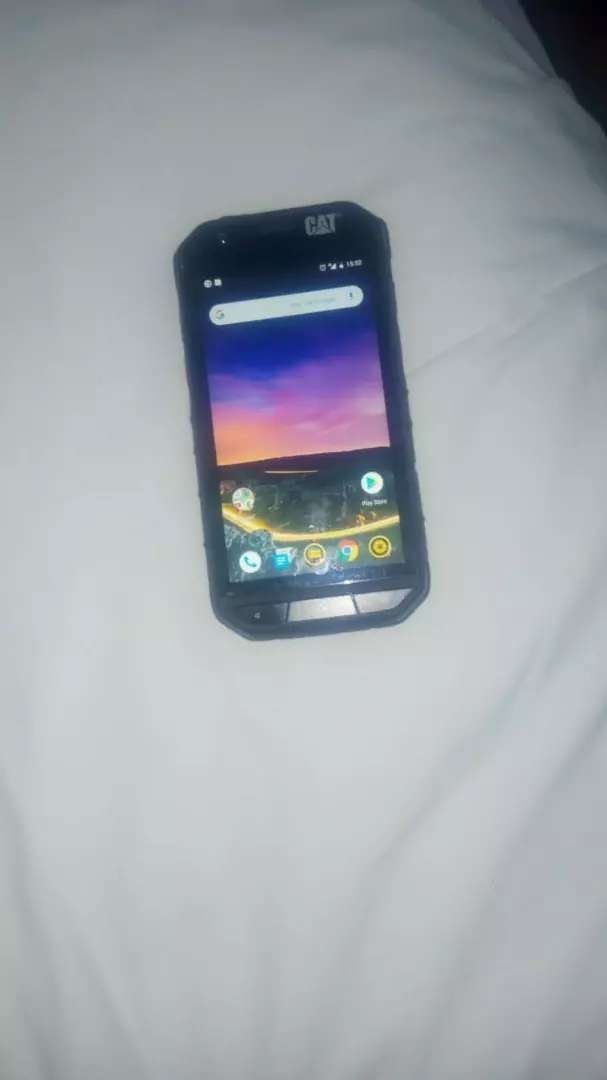 CAT S31 RUGGED SMARTPHONE. Waterproof 0
