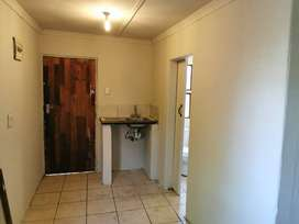 A Separated Entrance Big Room for Rent