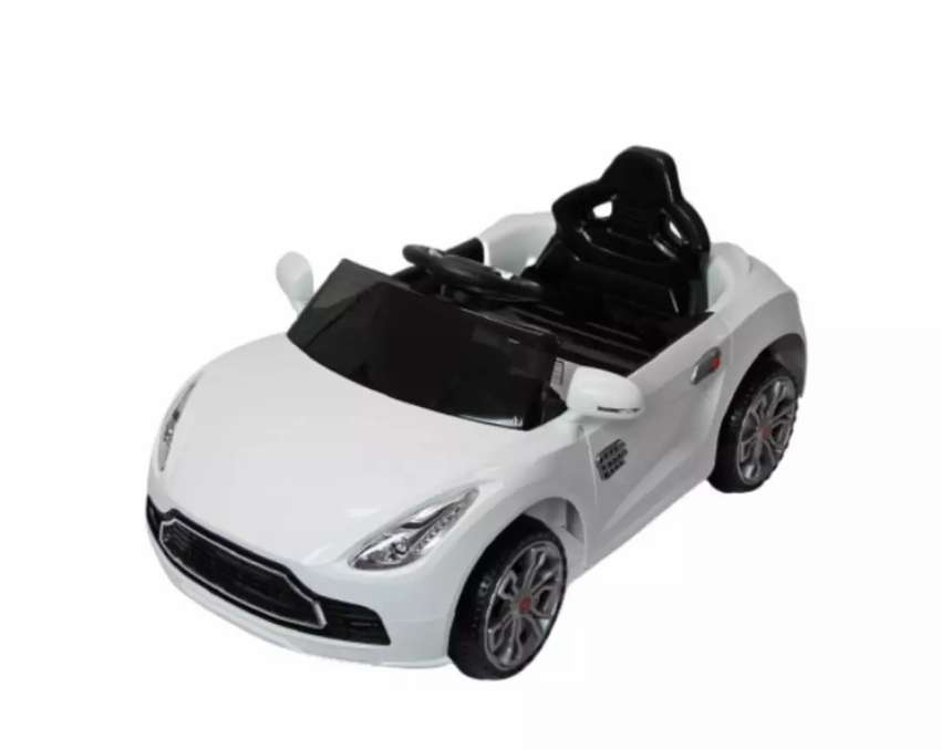 Kids AMR electric car