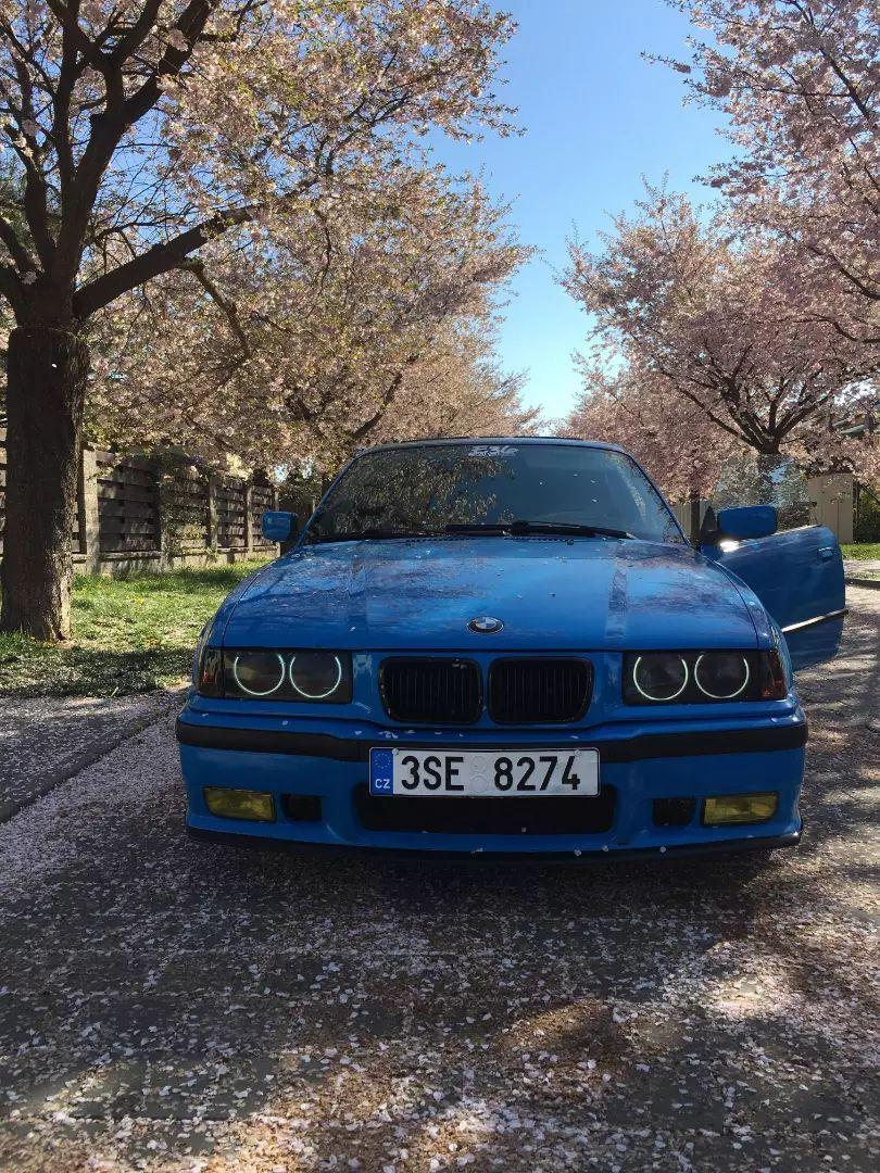 E36 318is coupé 0