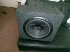 Pioneer Sub Hoofer with fully fitted 3600W Amp