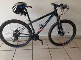 29er medium size frame, Competion Pro mountain bike