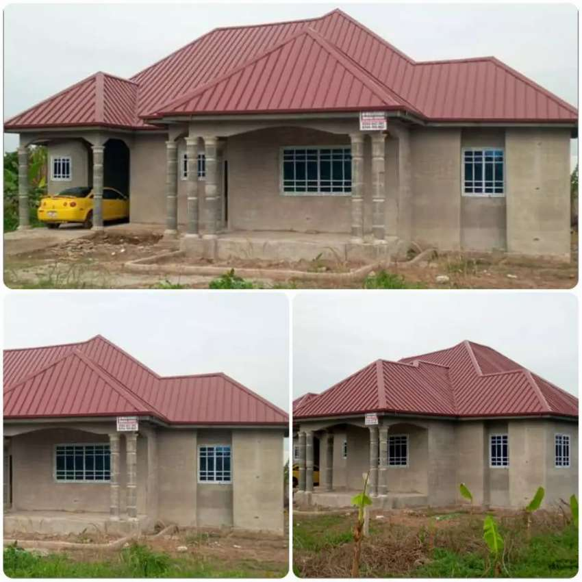 4 Bedrooms Executive House 0