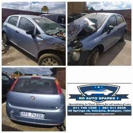 Stripping fiat Punto 2010 for parts
