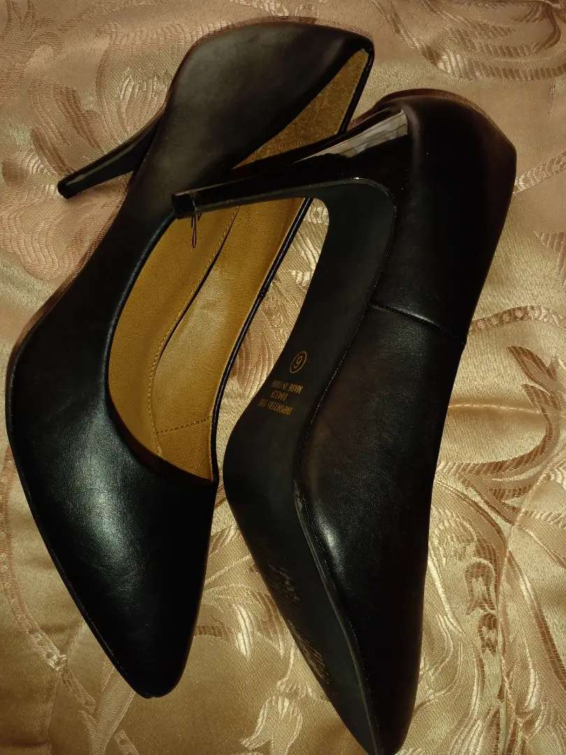 New Black Heels Size 6 for R170