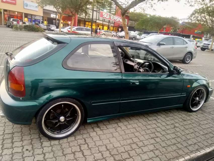 Good running condition is a 160i v-tec DOHC B18B gearbox and B18B top 0