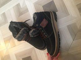 Нові черевики