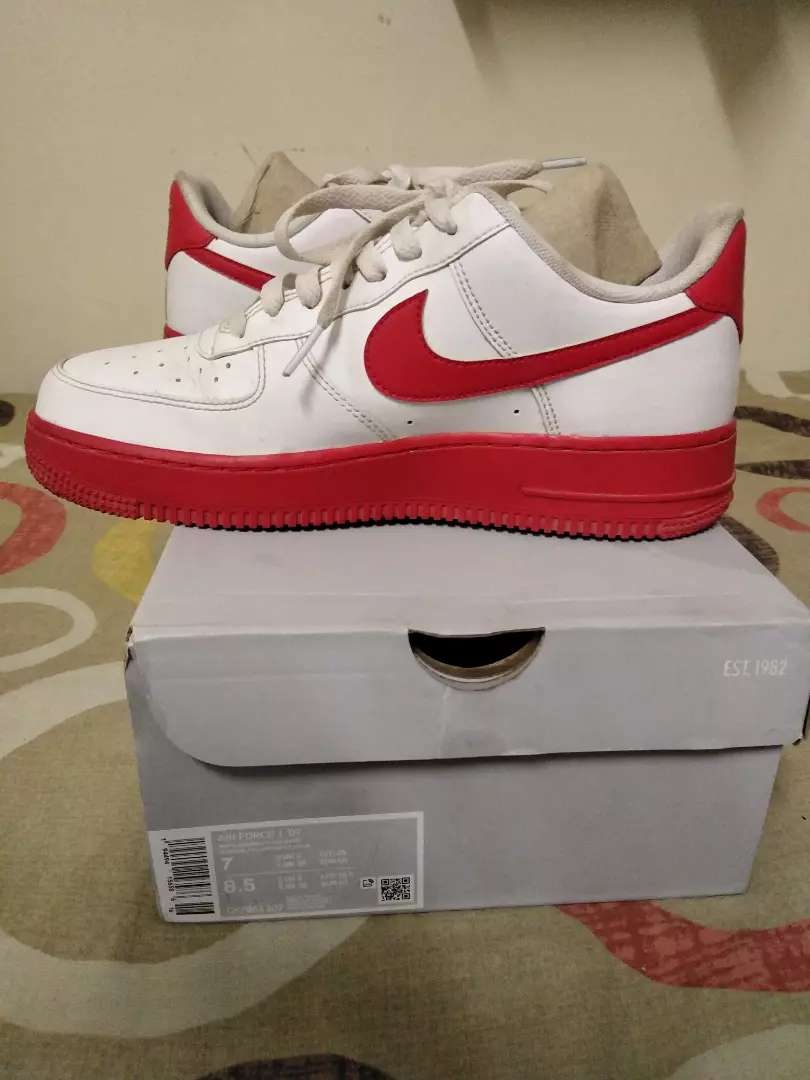 Nike Air Force 1 '07 - White/University Red
