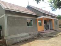 Cheap two bed room stand alone at 300000 in Bweyogerere-Bukasa 0