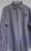 Распродажа. Рубашка OKAY с принтом и нашивкой. L. БУ