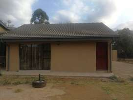 Garden cottage to rent in The Orchards