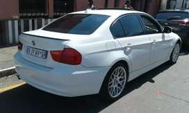 BMW 320i Sedan Automatic for sale