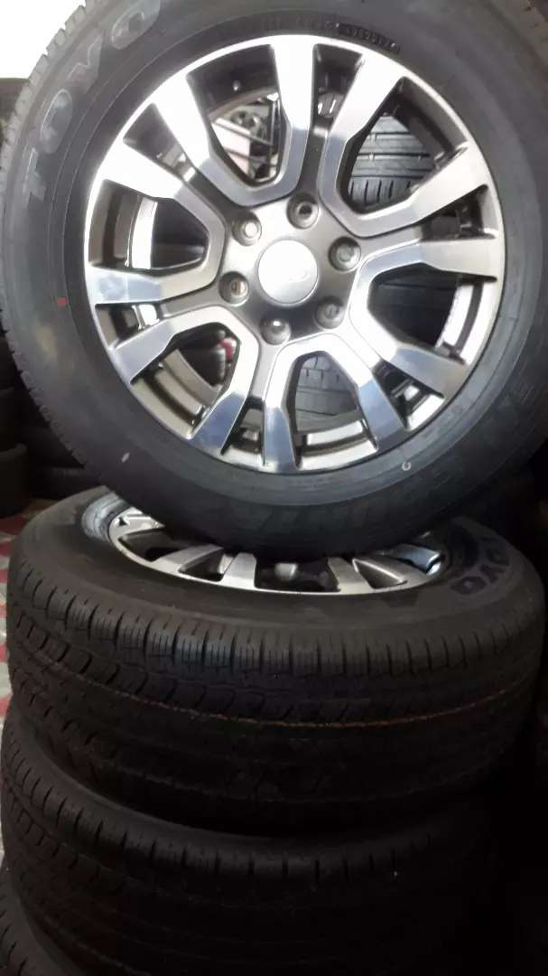 """18"""" Ford Ranger mags and 255/60/18 tyres"""