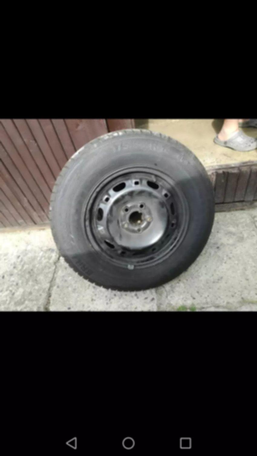 Letní pneumatiky 0