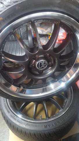 Mags 17 inch new with tyres