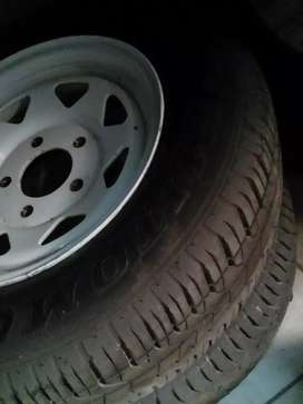 Ford cortina ldv trail duster rims, 5 stud , 127 pcd