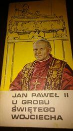 Jan Paweł II u grobu świętego Wojciecha Informator