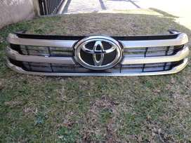 2016 TOYOTA HILUX GD6 MAIN BUMPER GRILL FOR SALE