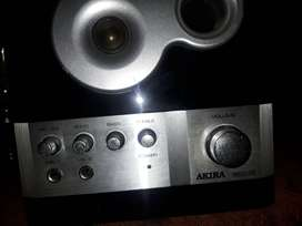 Akira Self powered speakers excellent condition R300
