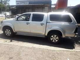 2011 Toyota Hilux, 105,000km, diesel,  double cab with canopy