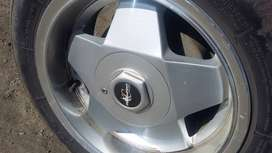 """13""""  tyre nd rims"""