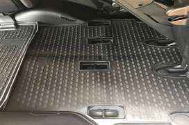 Toyota Land Cruiser 200 VX 2007-Present 7-seater TPE Boot Liner (BLACK