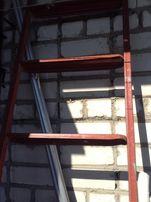 Лестница металлическая 2,4 м