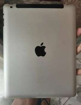 Ipad 3 im excellent condition. 64gb comes with cover