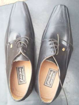 John drake formal shoes, silver collection