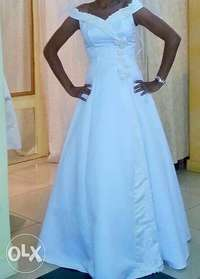Simply Beautiful, Cinderella Bridal Dress 0