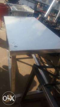 Stainlesss steel kitchen table 0