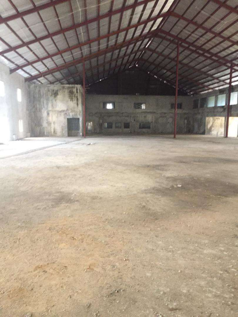A very big ware house with offices for rent , 0